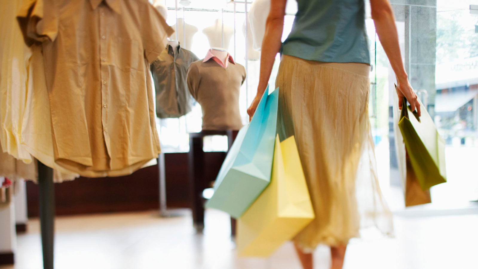 woman-shopping-bags-1600x900
